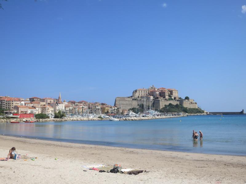 Korsika im Naturfreunde-Feriendorf La Mora, Calvi
