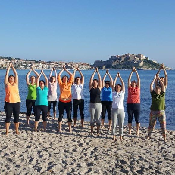 Yoga im korsischen Frühling mit Gabi Böhm